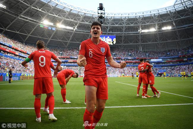 英格兰杀入决赛