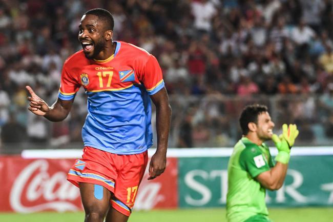 北京中赫国安的前锋巴坎布是民主刚果的明星球员