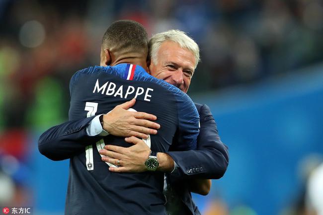 法国带头大哥逆袭!两次称霸世界杯 比肩足球皇帝