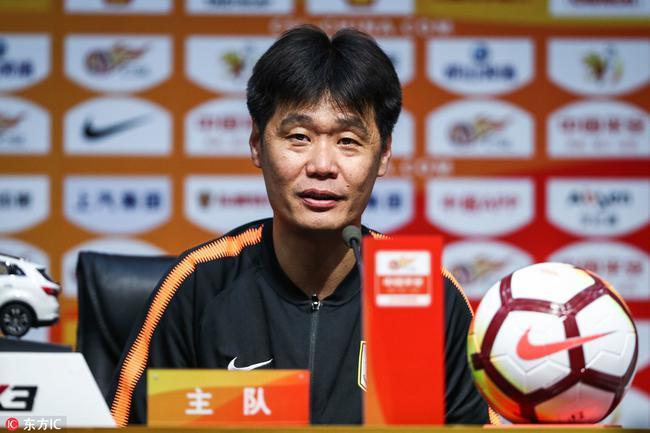李霄鹏:佩莱进球被吹掉可惜 王彤表现是世界级的
