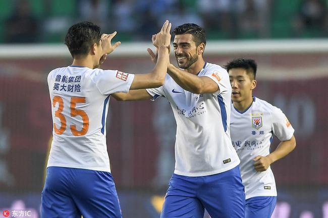 中超-佩莱头槌+对手乌龙 鲁能客场2-1逆转胜亚泰