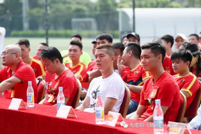 黄博文:冠军是唯一目标 困难再大也动摇不了决心