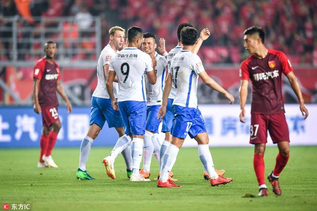 中超-阿奇姆彭失点+扳平U23小将绝杀 泰达2-1华夏