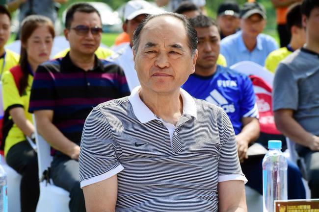 第二届权健杯青少年邀请赛开幕 戚务生王俊生出席