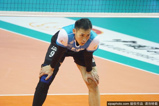 刘向东:暂时还未考虑孩子 将来会尝试让他打排球