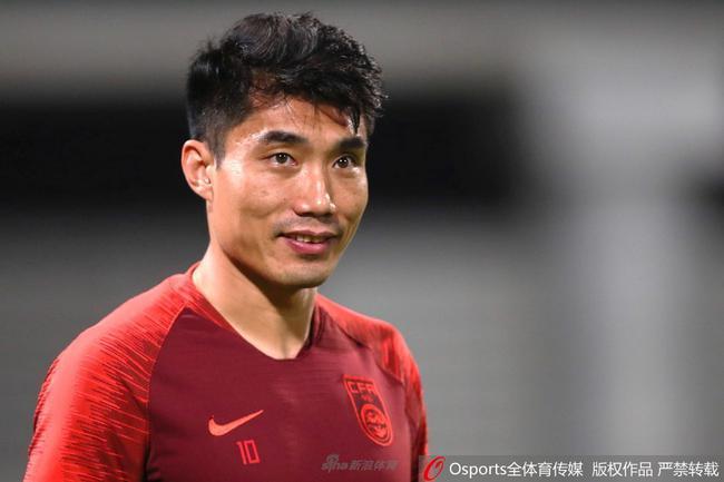 郑智入选亚洲杯历史最佳后卫评选