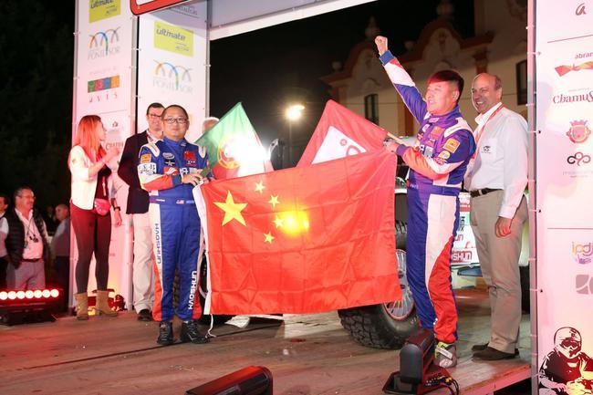 中国益顺巴孚通走车队出征越野世界杯葡萄牙站