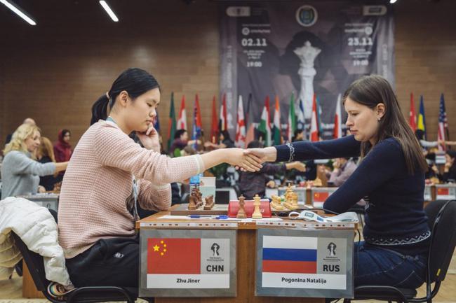中国小将朱锦尔战胜波格妮娜