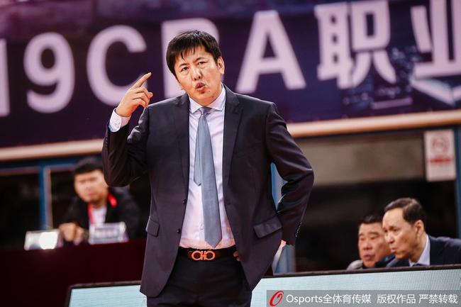 北控男篮官宣:丁伟辞职 张德贵接任主教练