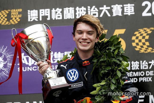澳门F3:蒂克图姆夺冠 小舒马赫第5周冠宇第12