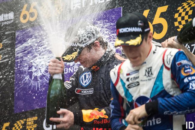 优科豪马轮胎(YOKOHAMA)第35次为澳门格兰披治大赛车挑供赛事轮胎