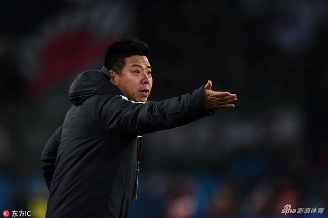 泰达教练组调整迟嵘亮任领队 外籍助教带队练体能