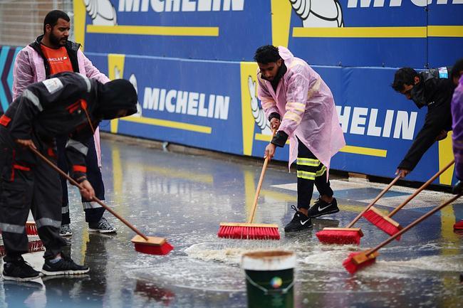 FE利雅得站围场内相关正赛日将迎来降雨的不安凶运成真
