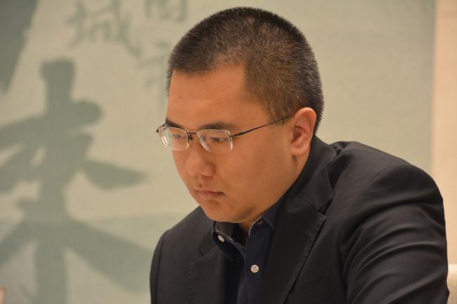 陈耀烨冲击第三冠