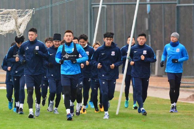 申花将在西班牙打6场热身 弗洛雷斯要求训练量加大