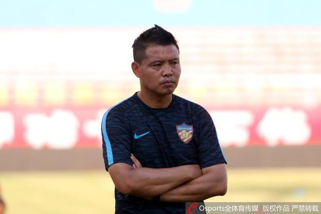 天海公告:刘学宇出任中方教练组长 辞退张效瑞