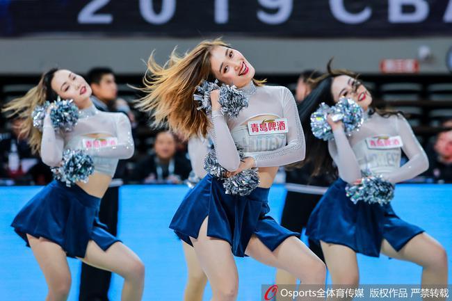 红啦!浙江啦啦队登上央视春晚 出演篮球类节目