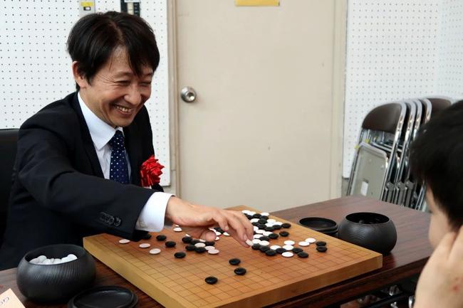 日本棋院副理事长:小林觉九段