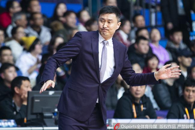 18-19赛季CBA联赛 上海 110-104 广东_直播间_手机新浪网