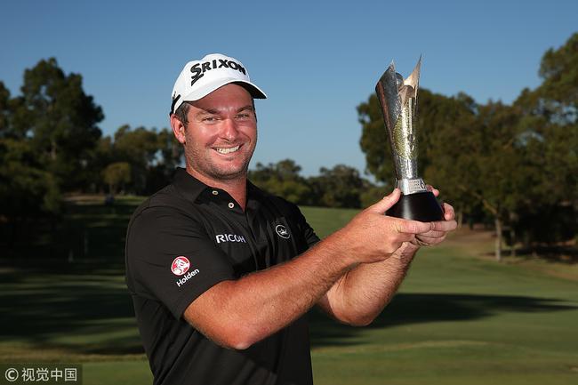 32岁的新西兰球手瑞安-福克斯夺冠