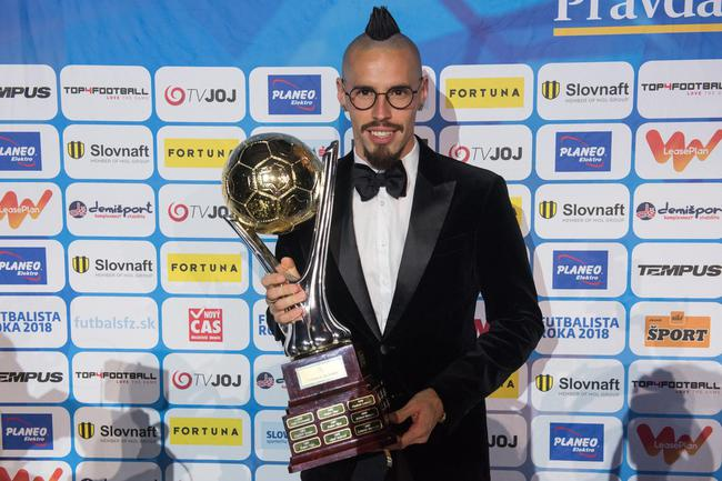 哈姆西克荣获斯洛伐克足球先生 连续6年蝉联殊荣