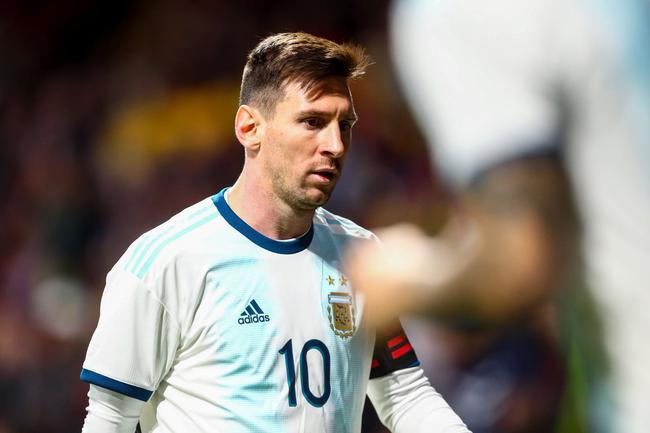 梅西世界杯后首次回归国家队打满全场