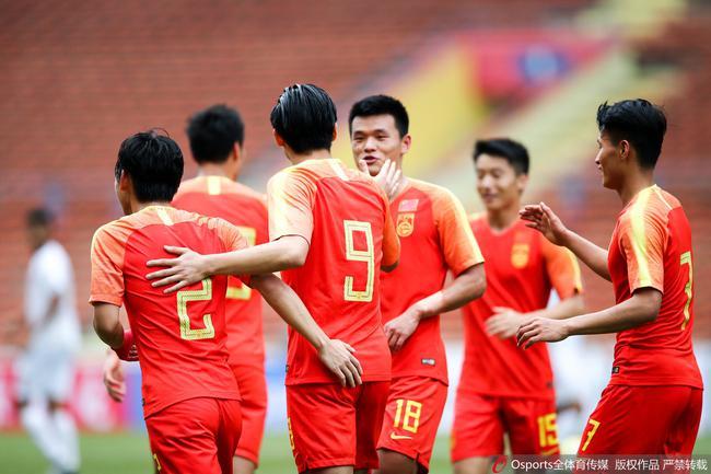 奥预赛-张玉宁胡靖航合造六球 国奥8-0血洗菲律宾