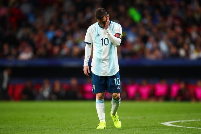 梅西图啥?为阿根廷倾尽一切 却被指责态度不行