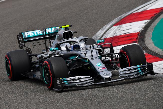 博塔斯力压汉密尔顿拿到F1中国站杆位
