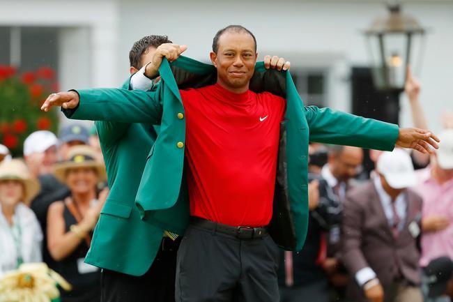 伍兹穿上绿夹克令全球粉丝兴奋