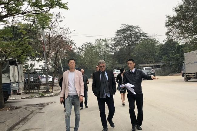 蒂尔克与越南大奖赛人员