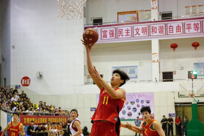 国青女篮热身赛胜朝鲜