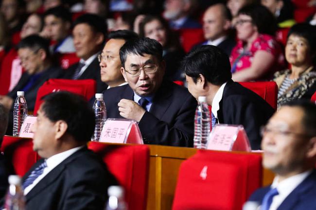 出任赛事推广大使的中国围棋协会副主席、棋圣聂卫平