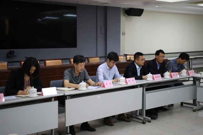 組委會領導及企業代表出席新聞發佈會