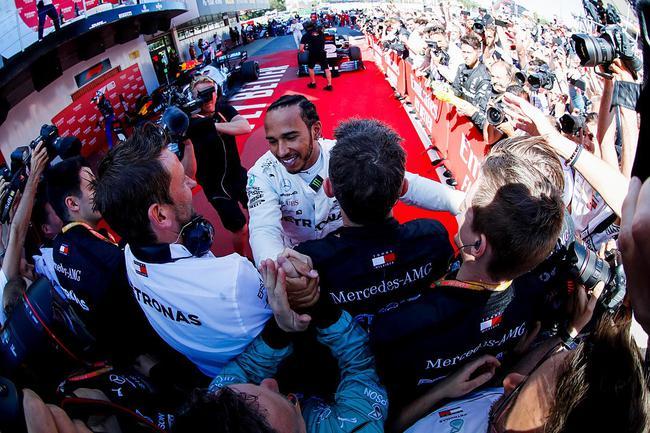 汉密尔顿在梅赛德斯车队达到了做事生涯顶峰