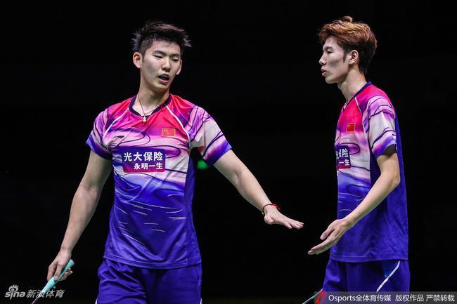 刘雨辰(左)和搭档李俊慧