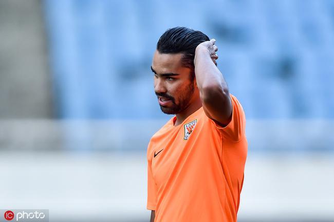 德转朱艺:德尔加多永远不能为中国国家队出场比赛