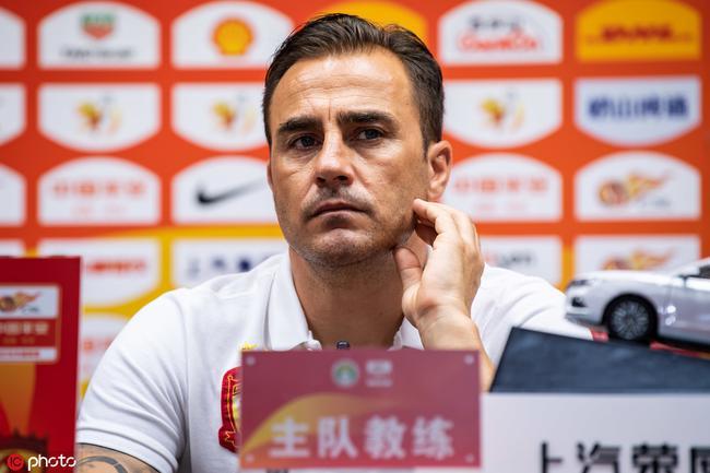 卡纳瓦罗:希望徐新在恒大踢10年以上 先不考虑亚冠