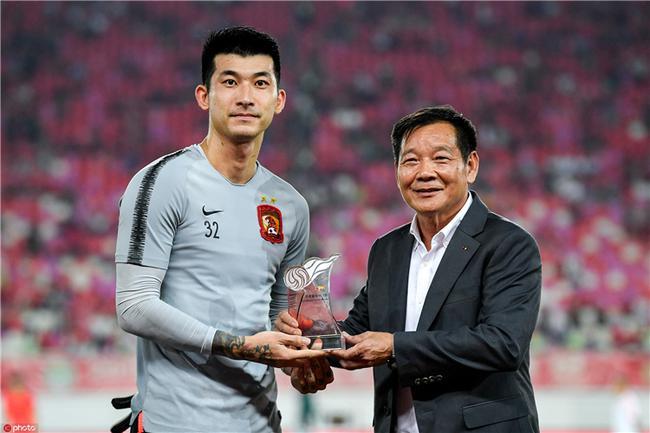 刘殿座:感谢恒大队友对防守贡献 队内年轻人有激情