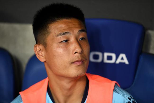 西媒为武磊打出及格分:他的上场改善了进攻