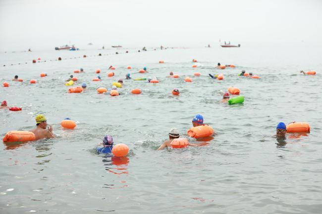 2019兴城海峡游泳马拉松举办 打造体育 旅游新名片