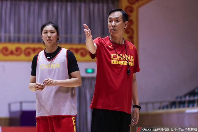 中國女籃主帥:隊伍現在已經到了最困難的時候