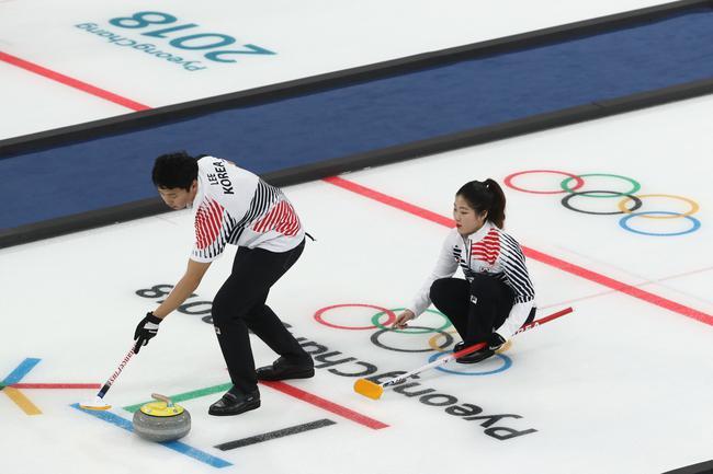 韩国冰壶教练私吞补贴和捐款被捕 家族黑幕曝光