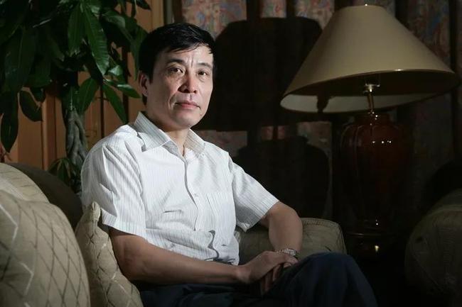 从码头工人到足协主席 陈戌源能给中国足球带来啥