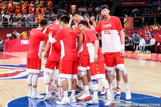 中国男篮迎来新首点!