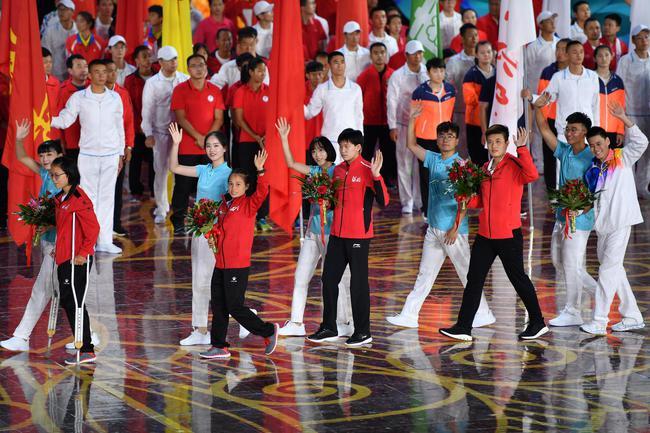 活动员代表参与终结式