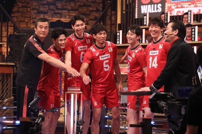 日本男排参与综艺节目