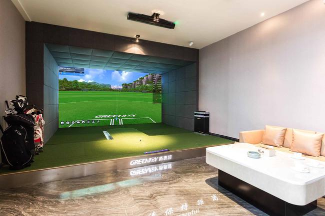 企业会所模拟高尔夫成新宠 衡泰信Q5pro为标配