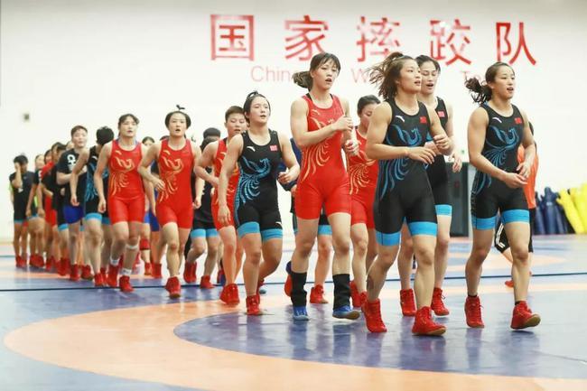 國家女子摔跤隊9月15日將從北京出發