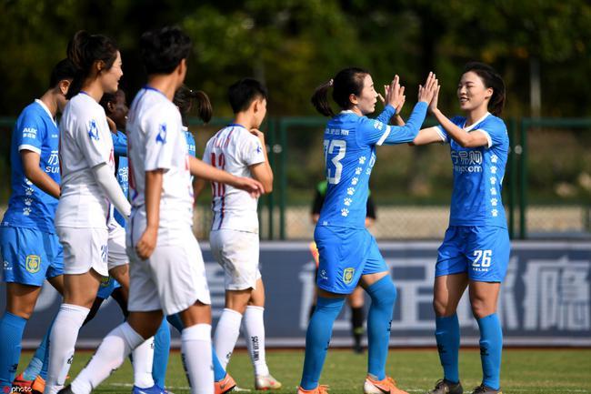 苏宁一年三冠成女足赛场最大赢家 举办盛大庆典